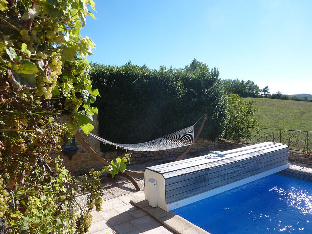 La Plumardie Basse - Dordogne - Heerlijk vertoeven in de hangmat met bijvoorbeeld een goed boek?